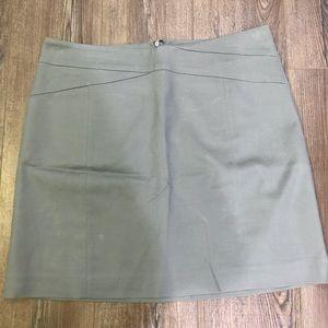 NWT BR Gray Skirt